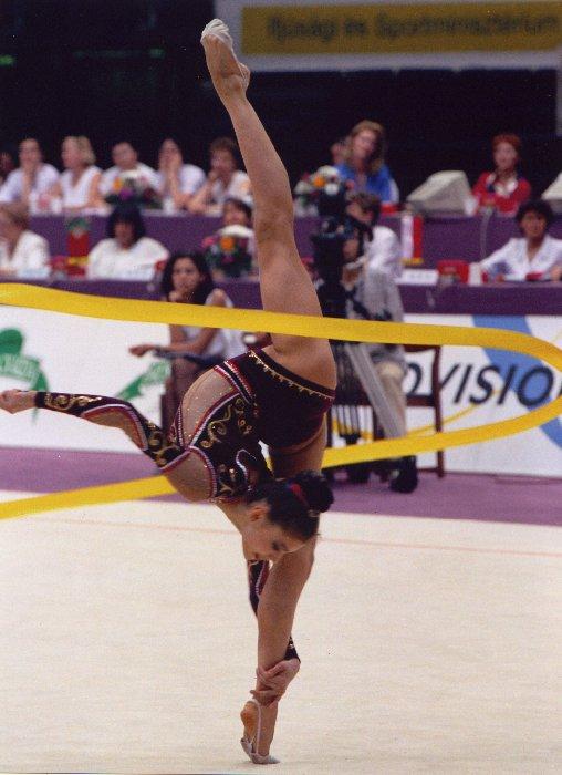 Alina Kabaeva (RUS) Alina Kabaeva Gymnastics
